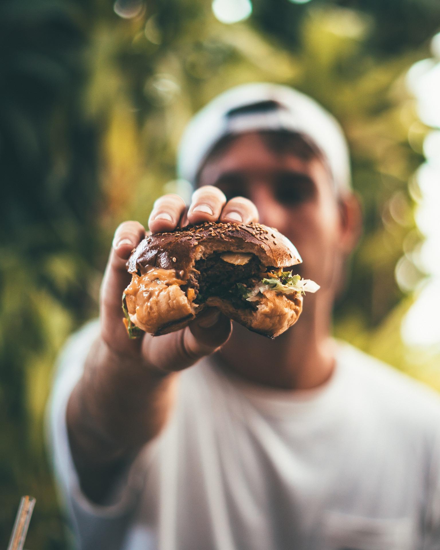 Même si vous souhaitez perdre du poids, ne refusez pas un burger